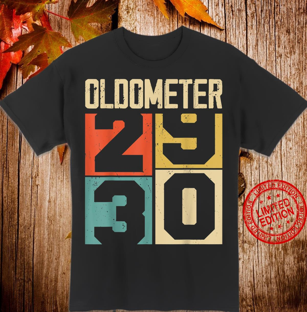 Funny 30 Years Old Oldometer Vintage 30th Birthday Odometer Shirt